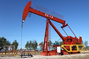 Rosja niezdecydowana w kwestii porozumienia naftowego