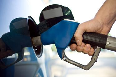 Wzrost zapasów ropy naftowej w USA