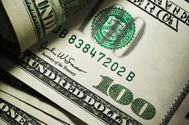 Dolarowi zabrakło paliwa
