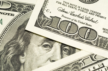 Minutki nie pomogły dolarowi, czekamy na jutrzejszą inflację CPI