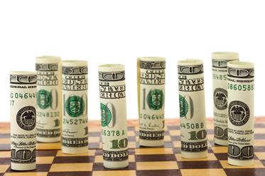 Dolar blisko ważnych wsparć, euro ślepo wierzy w Macrona