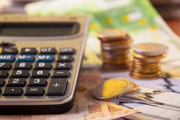 PLN nieco słabszy, agencja S&P dokona rewizji ratingu