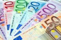 Euro traci na wejściu